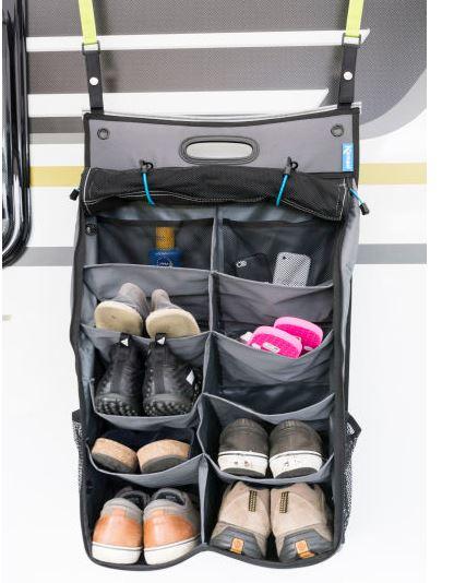 """Kampa Pro Schuh Organizer   platz für 8 Paar Schuhe 4 Mesh Taschen (2 an der Seite / 2 in den oberen Fächern) 2 Stifthalter Befestigung über eine Kederschiene optionales Zubehör """"AccessoryTrack Suspension Kit"""" zur Befestigung an das Dachkeder des Zeltes (Art.Nr.: ST0108) Maße: 83 x 48 cm (H x B)"""